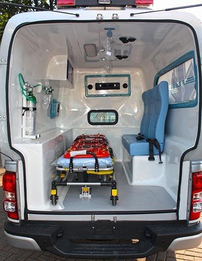 transformadora de ambulância hilux